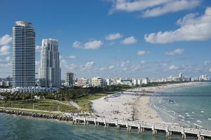 Hiring movers North Miami Beach Florida is a good idea when relocating.