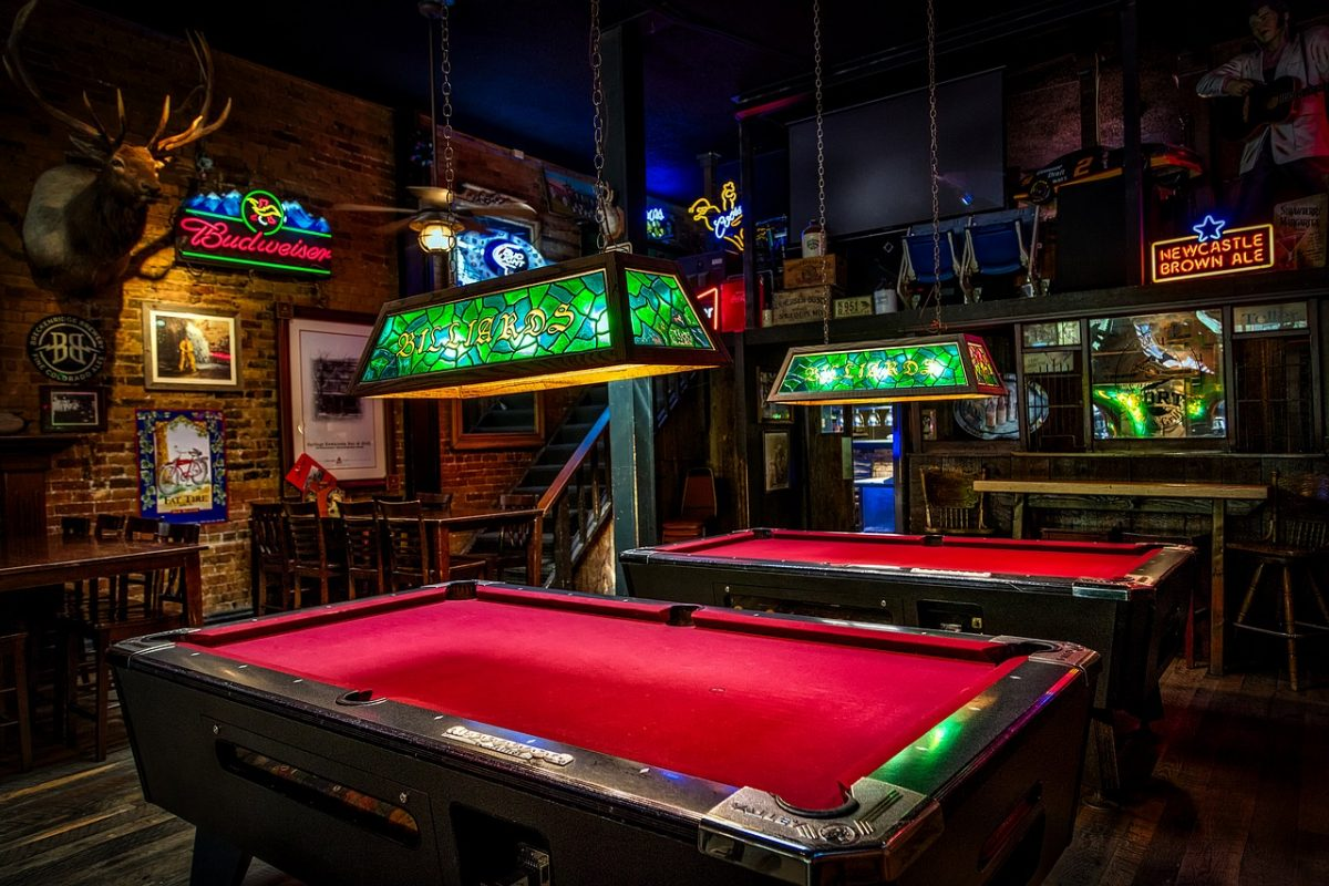 The advantages of professional pool table movers