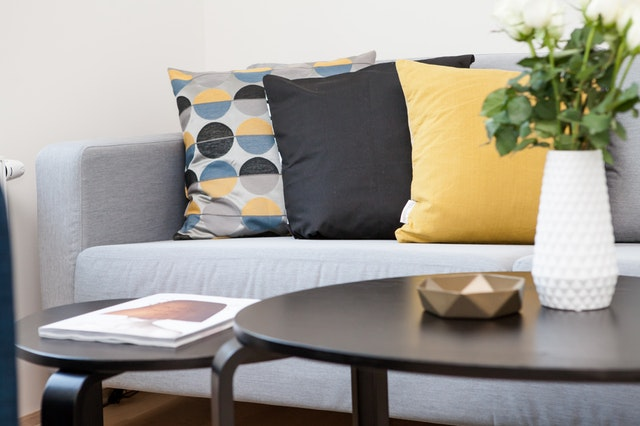 a clean living room is the start of keeping your home clean daily
