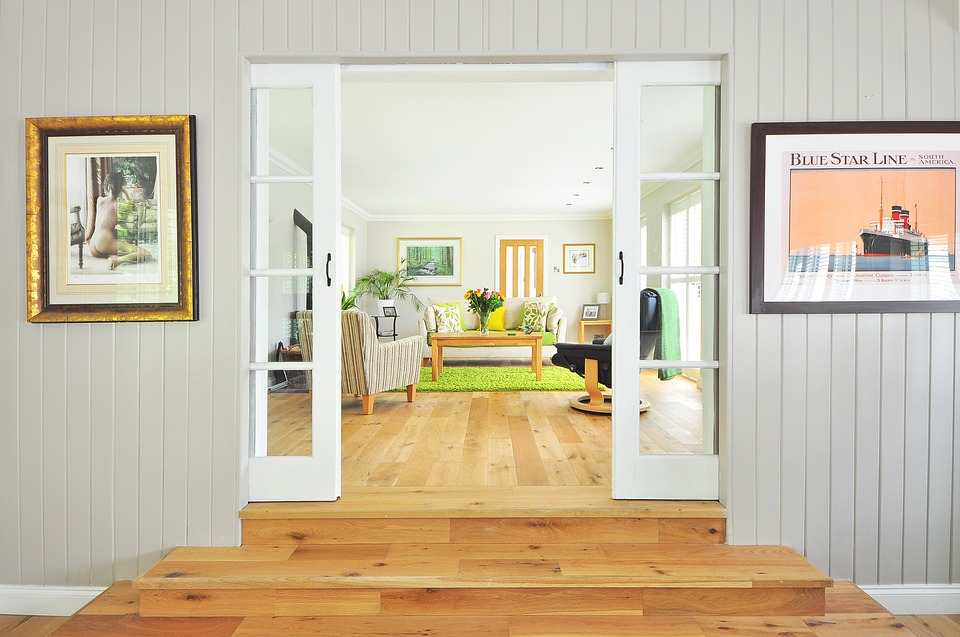 What to unpack the first day in your new home