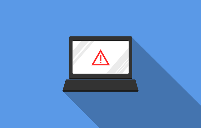 A warning sign on a laptop to warn about potential scams you might encounter when finding reliable movers for your move from Ohio to Florida.