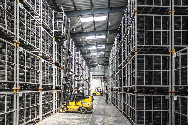 How to find and choose a reliable warehouse in Florida