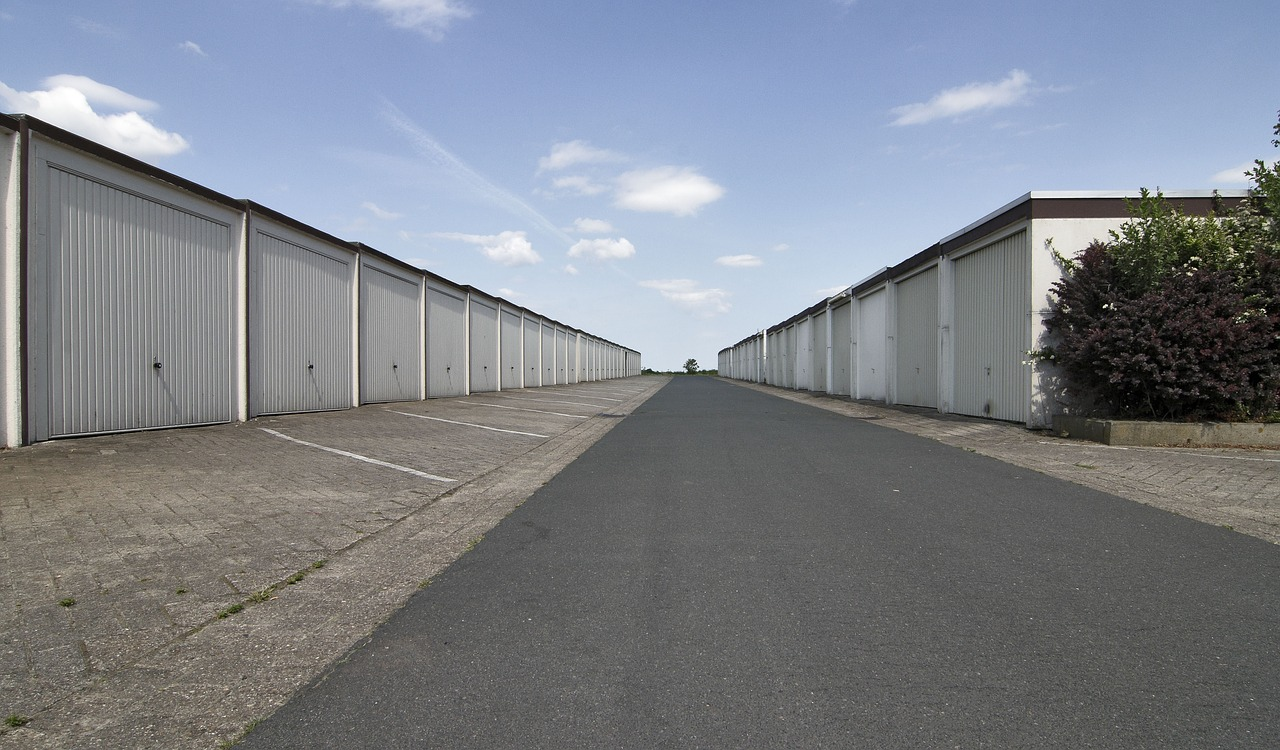 How to choose a proper storage unit